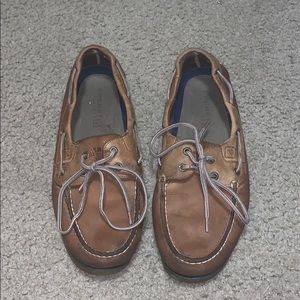 Sperry boat shoes.
